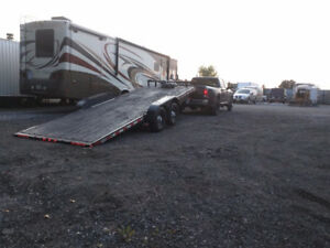 Flatbed trailer / car hauler / Tilt & Load float trailer