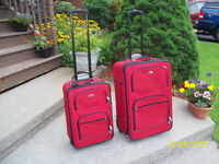 Ricardo - Beverly Hills Two Piece Luggage Set 2-Wheeled - Red