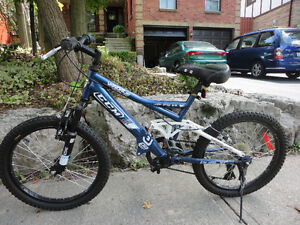 CCM Vandal youth's bicycle