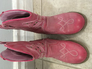 Size 10t Cowgirl Boots