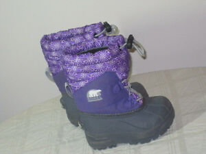 Girls Sorel Boots - Toddler Size 7 - $25.00