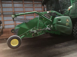 John Deere 615 pickup headers Moose Jaw Regina Area image 2