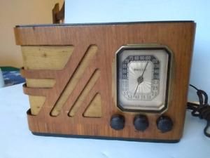 Antique 1938 Philco Model 38-14 Wood Cabinet Tube Radio Working