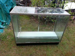 5 foot display case-3 glass shelves