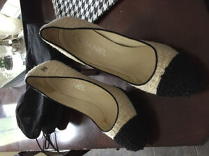 Authentic Chanel shoes size 6.5