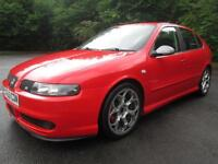 03/53 SEAT LEON 1.8 20V TURBO CUPRA 5DR HATCH IN RED WITH ONLY 84,000 MILES