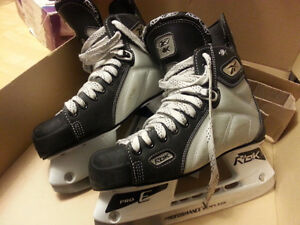Excellent Condition Skates for Men Size 8.5 Only Used Once