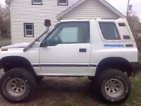 1995 tracker lifted 6 inch on 33s