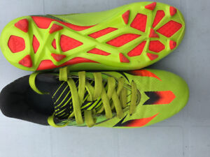 Adidas Messi Soccer Cleats Size 5