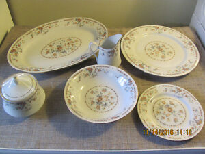 Dinnerware Service for 8