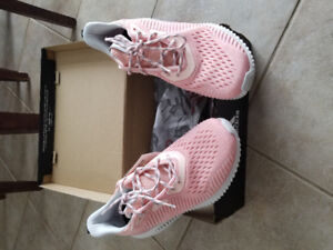 Brand new Adidas Alpha Bounce Women's size 10 for sale