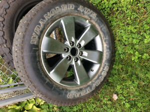 Wrangler AT/S Goodyear tire