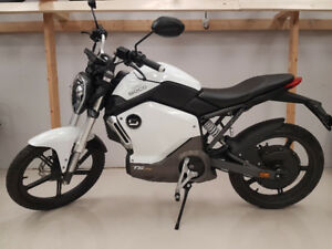 ELECTRIC MOTORCYCLE - SUPER SOCO
