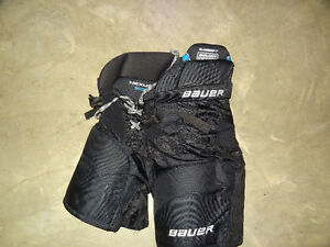Bauer Nexus 800 Classic Fit Junior X-Large Hockey Pants