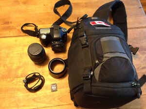 Pentax istD L2 Camera with multiple lenses and camera bag