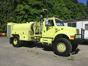 1995 international 4800 4x4 fire rescue tanker