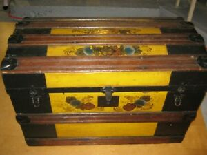 TURN O F THE CENTURY TURTLE BACK , DOME TOP, STEAMER TRUNK