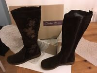Clarks suede Floral boots size 6 vgc