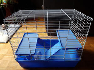 Cage pour petits animaux NEUVE, jamais utilisée