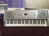Electric keyboard quick sale needed