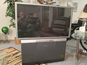 FREE TV PROJECTION