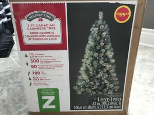 7-FT CANADIAN CASHMERE CHRISTMAS TREE