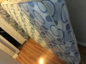 SELLING: Double Mattress + Box Spring