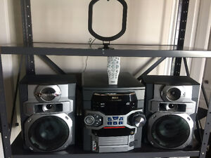 Mini chaîne stéréo RCA
