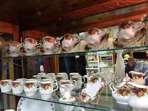 ROYAL ALBERT...COFFEE CUPS...OLD COUNTRY ROSES