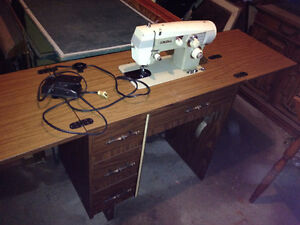 Viking Electric Sewing Machine in Cabinet *needs a belt*