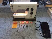 Viking Husqvarna 32 30 sewing machine carry case extras
