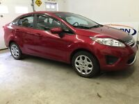 Only 26,000Km!!!! 2011 Fiesta SE, nicely optioned, $49Weekly!