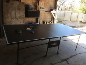Ping Pong Table fold up style