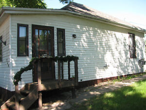 Charming House for Rent Moose Jaw Regina Area image 2