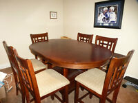 Absolutely new condition 7 piece pub table set