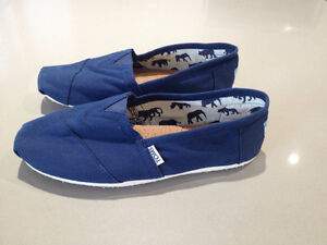 Chaussures  ***  Toms  *** Shoes