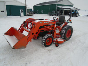 "Kubota L3010 GST Tractor ,72"" Deck,Loader,32 HP Nice One"