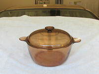 Visions cooking pot with lid