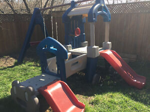 Little Tikes Swing Set/Clubhouse/Slide set