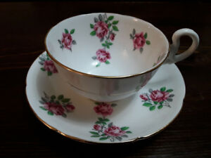 FINE BONE CHINA CUP SAUCER, PINK ROSES, ROYAL GRAFTON