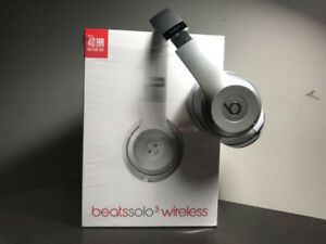 Selling Beats Solo 3 Wireless - Mint condition