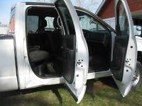 2005 Dodge Power Ram 2500 Pickup Truck