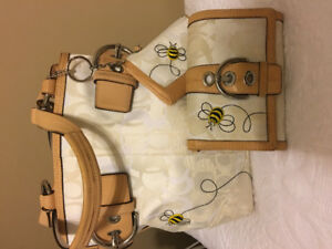LIMITED EDITION COACH COLLECTION 3 pc set