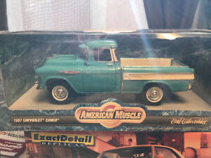 Chevrolet Cameo 1957 camion pick up diecast 1/18