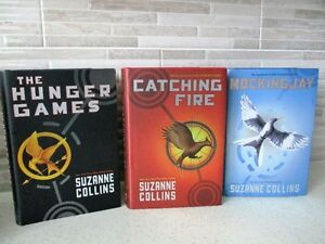 """THE """"HUNGER GAMES TRILOGY"""" (BOXED SET) BY SUZANNE COLLINS"""