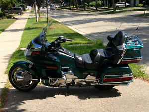 NEW PRICE: 1995 Honda Goldwing GL1500SE + GPS + EXTRAS !!!
