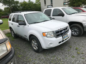 2008 FORD ESCAPE - 4X4