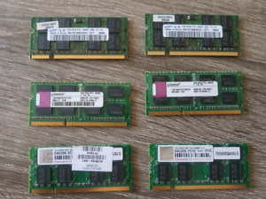 Set of Old a laptop rams