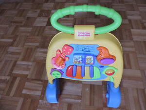Tricycle et trotteur Fisher Price