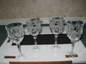 Picture frames and Wine glasses.